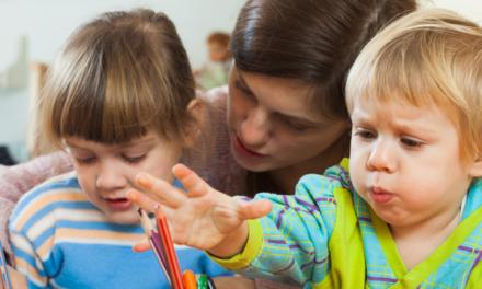 La garde d'enfant à domicile : de bonnes pratiques à essaimer sur les territoires