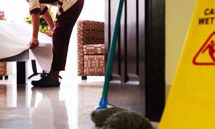 """""""Prévention des risques au domicile"""" : 3 questions à Leïla Boudra, Docteure en ergonomie."""