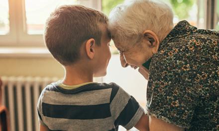 Davantage de personnes âgées dépendantes à domicile d'ici 2030