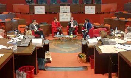 Domicile et compétences citoyennes : de nouvelles pratiques sociales